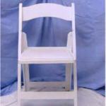 white chair wwhite pad